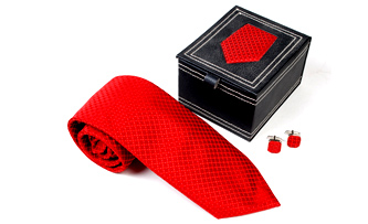 Necktie Gift Set in Leatherette Box