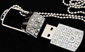 Crystal studded pendant shaped 8 GB pen drive with chain