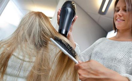 Saleem Hair Studio
