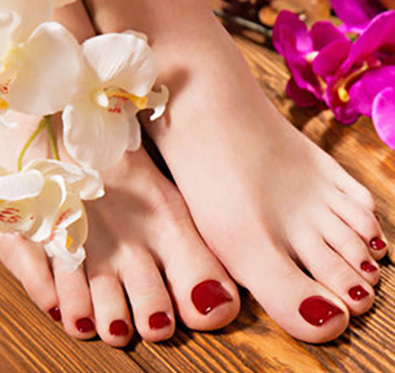 Rs 699 for facial, pedicure & more @ Stylish Studio